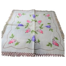 BEAUTIFUL Vintage Table Topper, Table Centerpiece, Exceptional Hand Embroidery on Linen, French Country, Farmhouse Decor, Arts Crafts Mission Linens