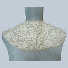 BEAUTIFUL Art Deco Large Lace Collar, Cape Like Lace Collar, French Lace Bertha Collar, Collectible Vintage Clothing,Vintage Lace