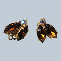 SPARKLING Vintage Art Glass Earrings, Topaz color Glass and AB Rhinestones, Clip On Earrings, Collectible Mid Century Jewelry