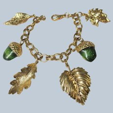 LOVELY Vintage Bracelet, Acorns and Leaves, Gold Tone Metal and Green Acorns, Collectible Jewelry