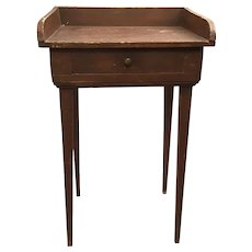 Late 18th/Early19th Century Small Gallery Top Work Table