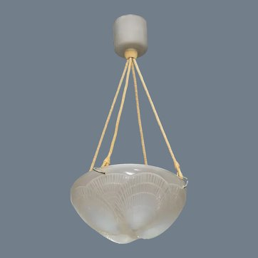 A coquille Chandelier by R.Lalique