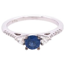 18K Gold Ring with Blue Sapphire and White Diamonds