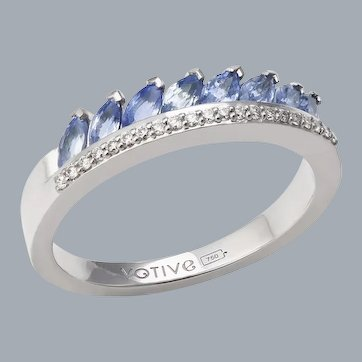 Twist of Fate Sapphire Ring