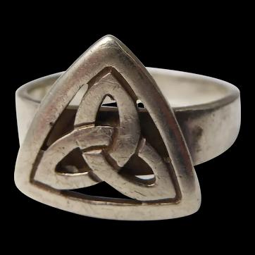 Scottish Sterling Silver Celtic Knot Ring – Montrose Size U