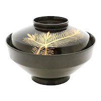 Japanese Lacquered Bowl Owan, Meiji Period. 1867-1912