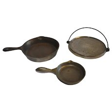 Vintage Wagner Ware Sidney Ohio Cast Iron Toy Frying Pans