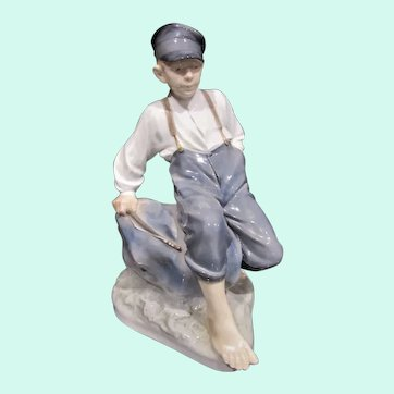 "Large Vintage 50's Royal Copenhagen Porcelain Figurine, ""Boy Shepherd on Rock"", #1659 Denmark"