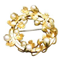 Mid Century Cultured Pearl Gold Filled Pendant Brooch Beautiful Leaves Wreath IPS Co.