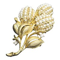 """Gorgeous Lisner Faux Pearl Brooch Pin Mid-Century Big Bold Signed 3"""""""