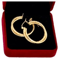 14 Karat Gold Hoop Earrings Twisted Entwined Double Circles 5.8 Grams Classic Design