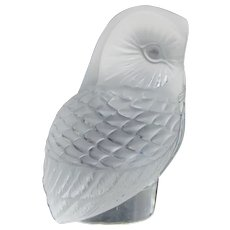 Lalique France Crystal  Owl Chouette Figurine Frosted Carved Glass Bird
