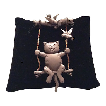 Jonette Jewelry Cat On Swing Pin