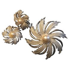 Sarah Coventry Silver Tone Pinwheel Brooch and Earrings