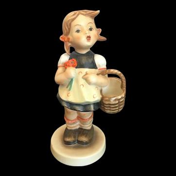 "Goebel Hummel Figurine, ""Sister"" #98 TMK2 Full Bee"