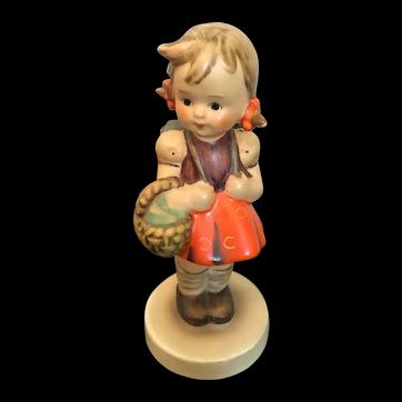 """Goebel Hummel Figurine, """"School Girl"""" #81 2/0 TMK3"""