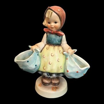 """Goebel Hummel Figurine, """"Mother's Darling"""" #175 TMK3"""
