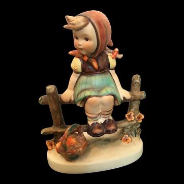 "Goebel Hummel Figurine, ""Just Resting"" #112/1 TMK4"