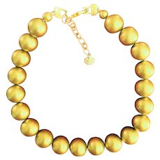 Richelieu Mid-century pearlized goldtone vintage LARGE bead necklace