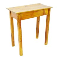 Early American Rustic Wood End Table