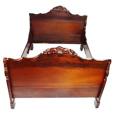 Antique Carved Wood with Flame Wood Veneer Full Size Bed