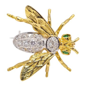 Mid Century Diamond Bee Brooch in 18K Yellow Gold