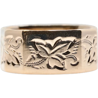 Victorian Floral Oak Leaf Hand Engraved 8mm Wedding Band in 14K Yellow Gold