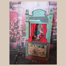 "Antique ""petit chaperon rouge"" small theatre with mignonette and forniture"