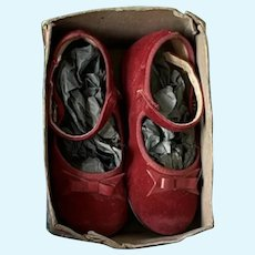 """Lovely red suede shoes for Antique Vintage Doll 5"""", first half 1900s, model Mary Jane"""