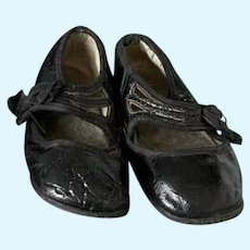 """Lovely shiny black shoes for Antique Vintage Doll 5"""", first half 1900s, model Mary Jane"""