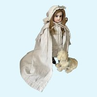 Extraordinary  antique dress with cape in excellent condition for Antique Doll Jumeau Steiner Bru