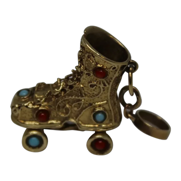 14K Yellow Gold Vintage Roller Skate Coral and Turquoise