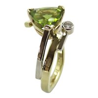 Peridot Trillion Cut and Diamond in Yellow and White 18K Gold Ring