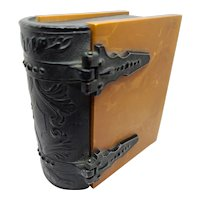 Metal & Plastic Cigarette Box