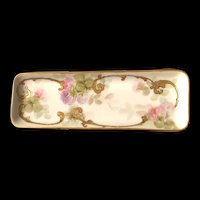 Limoges Bernardaud & Co. 1900-1914, Hand Painted Pin Dish with Thistles and Gold