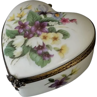 Beautiful Limoges France Hand Painted Porcelain Heart Trinket Box by ROCHARD