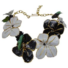 Necklace of Sculpted Black n White Flowers on Gold Plated Chain.