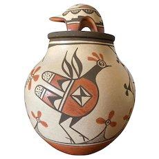 Marcellus and Elizabeth Medina, Zia Pueblo Birds Jar with a Bear Lid