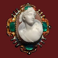 Antique Victorian Rennaissance Revival Hard-Stone Full Front High-Relief Cameo Brooch c.1855-1870