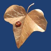 Vintage Solid 14K Yellow Gold Ivy Leaf Guilloche Enamel Lady Bug Brooch