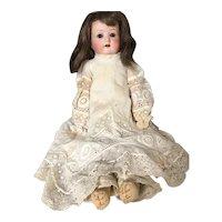 Lovely old German doll: Heuboch Kupplesdorf