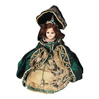 Charming Dolls: Anne Boylen and Marie Antionette