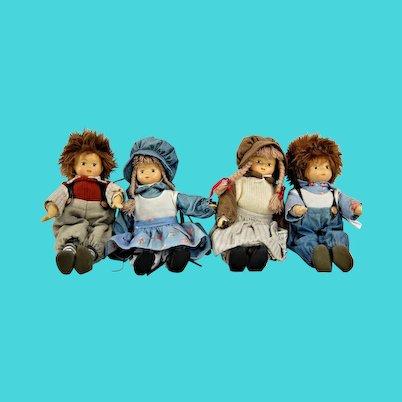 21 vintage Dolls
