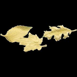 Tiffany & Co. Vintage Set of 3 Leaf Brooches in 18 Karat Gold