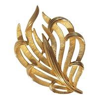 Crown Trifari gold tone brooch