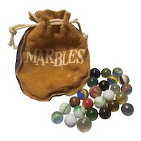 25 Vintage marbles with leather marble bag