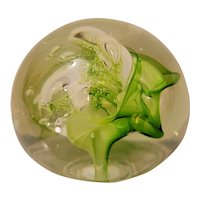 Art glass paperweight signed Lonsway '86
