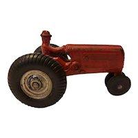 Arcade cast iron Oliver tractor