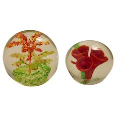 2 Complimentary art glass paperweights