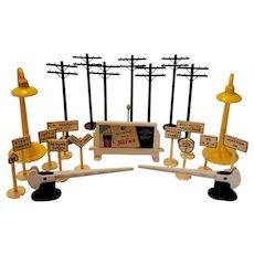Plasticville model railroad accessories